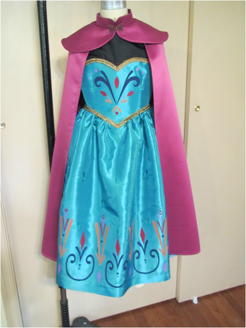 Elsa\'s Coronation Dress - sewing the cape - Andrea Schewe Design