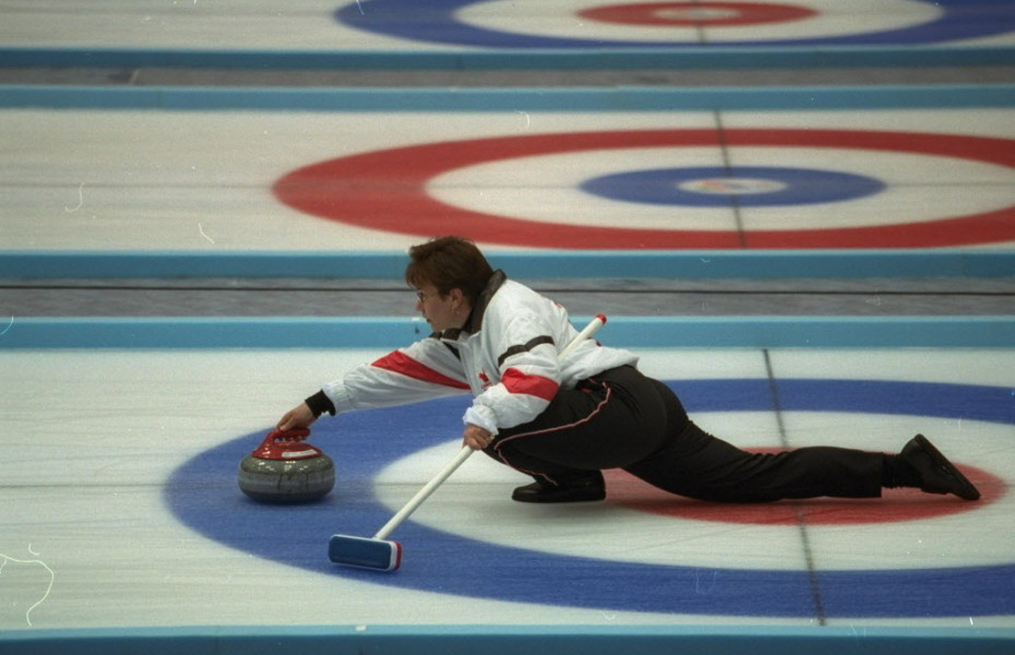 Curling - wild and crazy clothing - Andrea Schewe Design