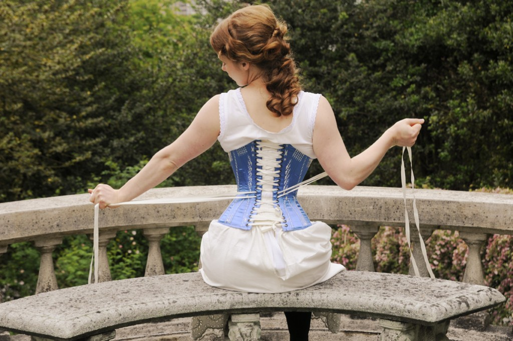 d7327f86c8 ... a maternity corset for someone who tight laces  Picture